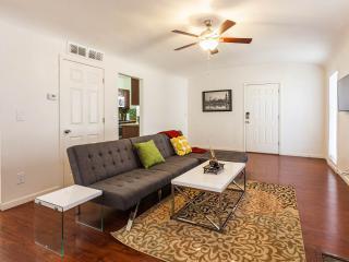 Spacious condo downtown Phoenix, 1 - Phoenix vacation rentals
