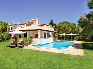 4 bedroom House with A/C in Albufeira - Albufeira vacation rentals