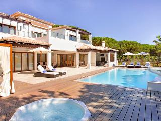 Pine Cliffs Deluxe Villa - Albufeira vacation rentals
