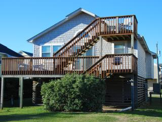 Beach Retreat - 3 BR home, Walk to the beach! - Kill Devil Hills vacation rentals
