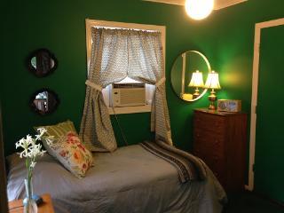 Humphrey Homestay - Green Room - Oak Park vacation rentals