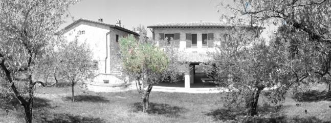 La Loggia Bed&Breakfast Wellness&Spa - Canalicchio di Collazzone vacation rentals