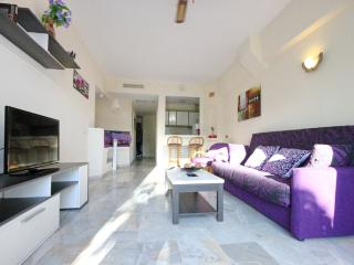 Beautiful 1-bed aprt on the 1st line of El Duque - Costa Adeje vacation rentals