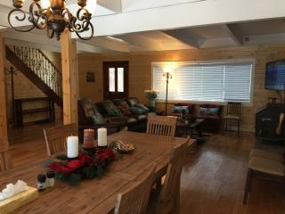 Spacious Knotty Pine Wood House - 9 beds, sleep 14 - South Lake Tahoe vacation rentals