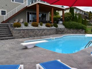 2000 Ft2 Suite with a Private Pool - Kelowna vacation rentals