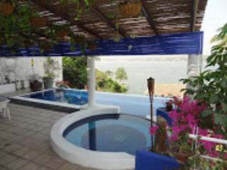 Tequesquitengo.  Lake side, warm weather. - Tequesquitengo vacation rentals