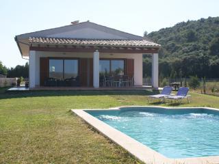 Villa CAN BIEL with 3 bedrooms, pool and wifi - Sa Pobla vacation rentals
