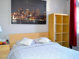 Comfortable Condo with Internet Access and A/C - Montreal vacation rentals