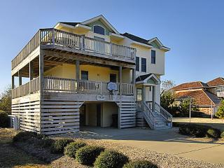 Spacious 6 bedroom Duck House with Deck - Duck vacation rentals