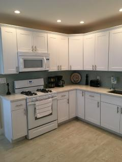 Newly Furnished Tropical Paradise, Heated Pool - Fort Lauderdale vacation rentals