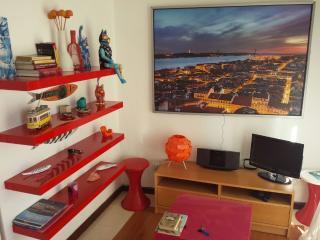 LISBON-ALFAMA-SANTA LUZIA 3 - APARTMENT - Lisbon vacation rentals
