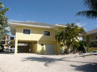 4 bedroom House with Internet Access in Key Largo - Key Largo vacation rentals