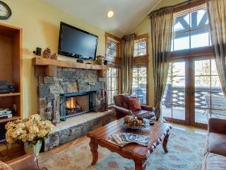 Slopeside penthouse w/pool, hot tub, & ski-out access! - Beaver Creek vacation rentals