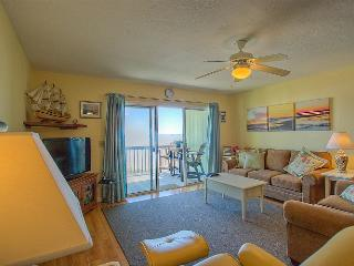 Surf Condo 113 - Majestic Ocean View, Delightful Decor, Pool, Beach Access, Onsite Laundry - Surf City vacation rentals