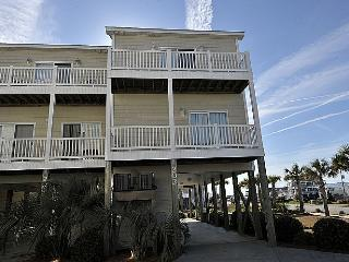 Sea Star 202 -Fantastic Fall Savings! Luxury Pet friendly Oceanview Townhome w/ Pool! - Surf City vacation rentals