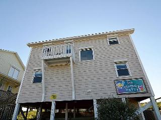 Krabby Patty - Exceptional Oceanfront View, Updated, Fantastic Deck, Cheerful - Topsail Beach vacation rentals