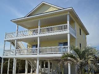 Tee & Sea - Unobstructed Ocean View, Convenient Beach Access, Colorful Interior, Quiet Area - North Topsail Beach vacation rentals