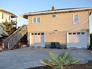 Virginia's Beach - Fabulous Oceanfront View, Convenient Location, Quaint Seaside Aesthetic - Surf City vacation rentals