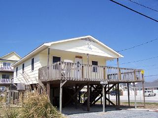 Conched Out - Charming & Colorful Cottage, Convenient Beach Access, Ocean View - Surf City vacation rentals