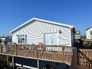 Beach Retreat - Magnificent View, Stylish Decor, Pet Friendly, Oceanfront Access - North Topsail Beach vacation rentals