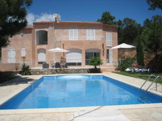 VILLA avec piscine à 300 ms de la plage à TARCO - Conca vacation rentals