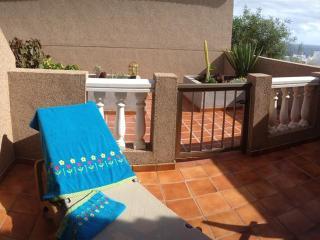 Romantic 1 bedroom Condo in Poris de Abona with Shared Outdoor Pool - Poris de Abona vacation rentals