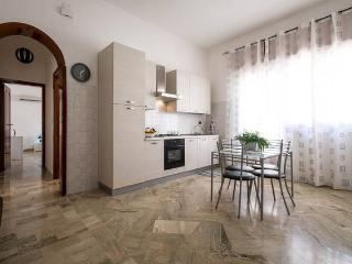Casa vacanza Patrizia - Balestrate vacation rentals