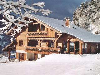 Chalet Kiana - 6 ensuite bedrooms sleeping 12 - Les Contamines-Montjoie vacation rentals