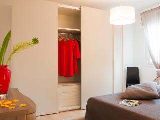 Santa Sofia Apartments - Antenore Apartment - Padua vacation rentals