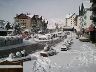 APTO. SABIÑANIGO/ FORMIGAL (Huesca) 4 PERSONAS. - Sabinanigo vacation rentals