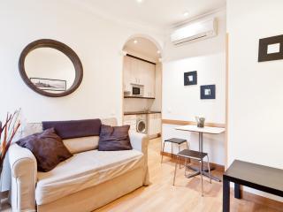 GRAN VIA VIII - Madrid vacation rentals