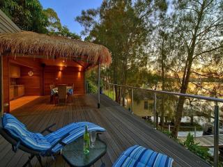 Nice 4 bedroom House in Empire Bay - Empire Bay vacation rentals