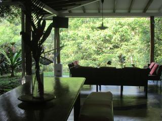 2 bedroom House with Internet Access in Quepos - Quepos vacation rentals