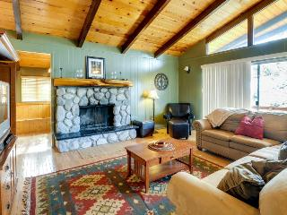 Secluded cabin w/private decks & family-friendly amenities - Idyllwild vacation rentals