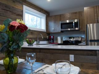 One Bedroom Suite at Lake Placid Inn - Lake Placid vacation rentals