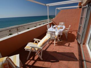 Beachside penthouse with stunning sea views - Roquetas de Mar vacation rentals
