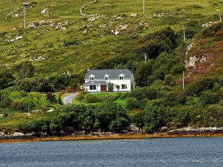 Spacious Bungalow with Television and DVD Player - Cashel vacation rentals