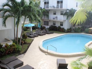 MODERN 1BR LOFT IN KEY BISCAYNE FOR 4 GUESTS. STEPS TO THE BEACH - Key Biscayne vacation rentals