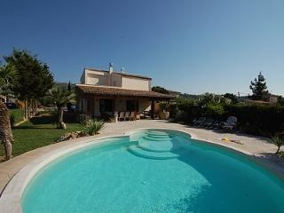 VILLA IN THE LAP OF LUXURY...RELAX IN PRIVATE POOL - Cefalu vacation rentals