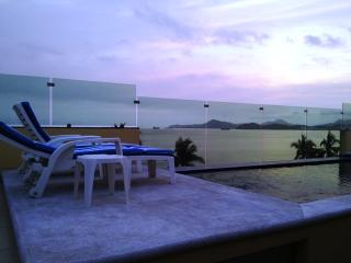 ANDRESSA MIA CONDO WITH AMAZING SEA VIEWS - Manzanillo vacation rentals