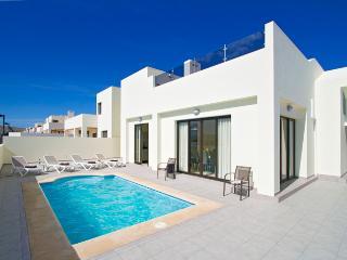 Casa Maelle - Villa with Pool, Hot Tub, Pool Table, Table Football, Air Con - Playa Blanca vacation rentals