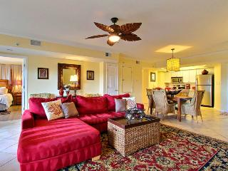 Wonderful Tybee Island Vacation Rental! Great Location, Close to Restaurants, Shops, Beach and an Ocean View! - United States vacation rentals