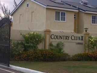 2 bedroom Townhouse with Internet Access in Portmore - Portmore vacation rentals
