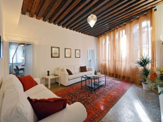 Nice Apartment with Internet Access and Dishwasher - Venice vacation rentals