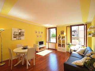 Nice Apartment with Internet Access and A/C - Venice vacation rentals