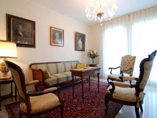 Comfortable 2 bedroom Condo in Venice - Venice vacation rentals