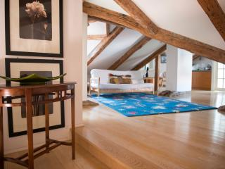 San Polo Romantic Loft in the Heart of Venice - Venice vacation rentals
