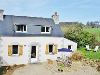 Immaculate Breton gite with garden - Lannion vacation rentals