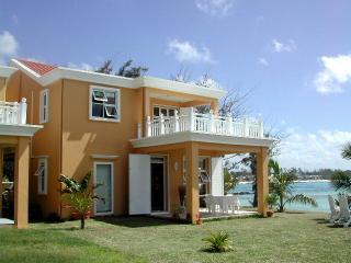 Beach Villa Safran Belle Mare Mauritius - Belle Mare vacation rentals