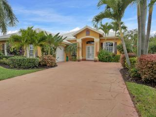 Spacious home with private pool and spa - Pelican Bay vacation rentals